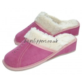 http://topslippers.co.uk/136-thickbox_default/women-s-sheepskin-sheep-s-wool-and-soft-pink-suede-mules-434bu.jpg