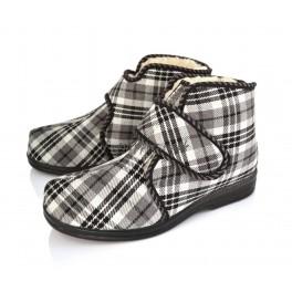 http://topslippers.co.uk/297-thickbox_default/tartan-plaid-boots-velcro-204f-cr.jpg
