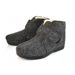 http://topslippers.co.uk/302-thickbox_default/sheepskin-felt-slippes-boots-204f.jpg