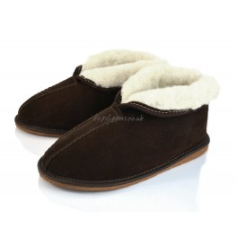 http://topslippers.co.uk/318-thickbox_default/sheepskin-slippes-boots-431f.jpg
