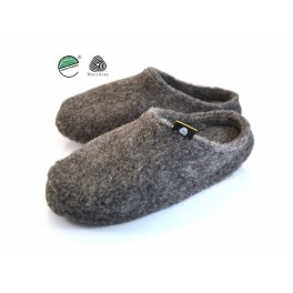http://topslippers.co.uk/352-thickbox_default/merino-sheep-wool-slip-on-408alw.jpg