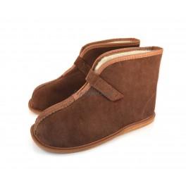 http://topslippers.co.uk/369-thickbox_default/sheepskin-slippes-boots-431vel.jpg